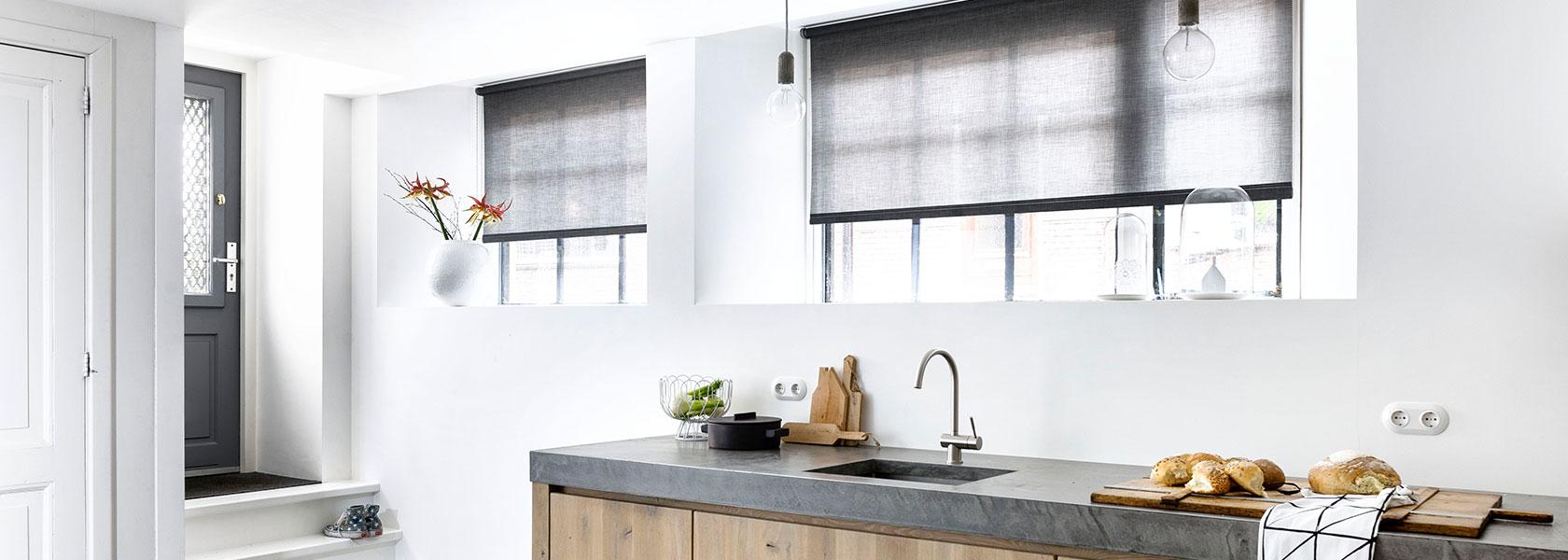 Får ideer til nye gardiner, persienner eller solafskærmning i vores butik